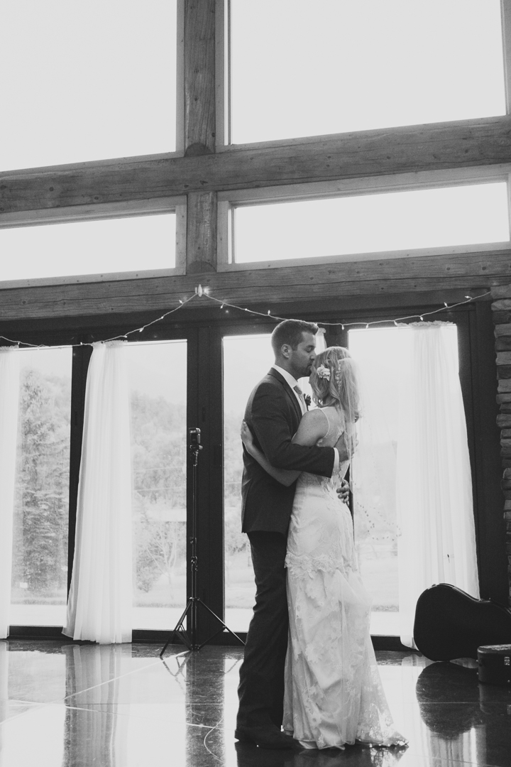 25-mount-princeton-hot-springs-resort-wedding-colorado-mountain-wedding-photographer-.jpg