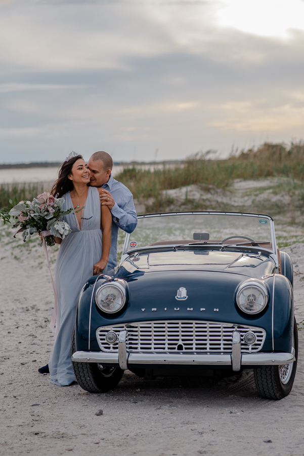 01-Charleston-South-Carolina-Couple-anniversary-idea-photography-beach-couple-anniversary-desitination-folly-beach-photographer-andrea-gustavo-073.jpg