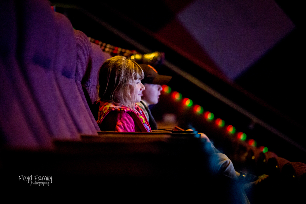 children at movies summer activities - Placerville-Children-Photographer