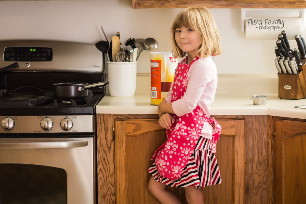 cooking with kids this summer-Placerville-Children-Photographer