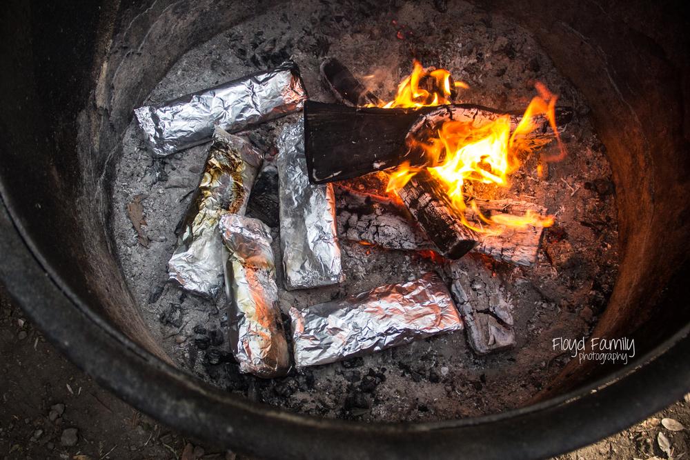 campfire foil packets | Placerville-Children-Photographer