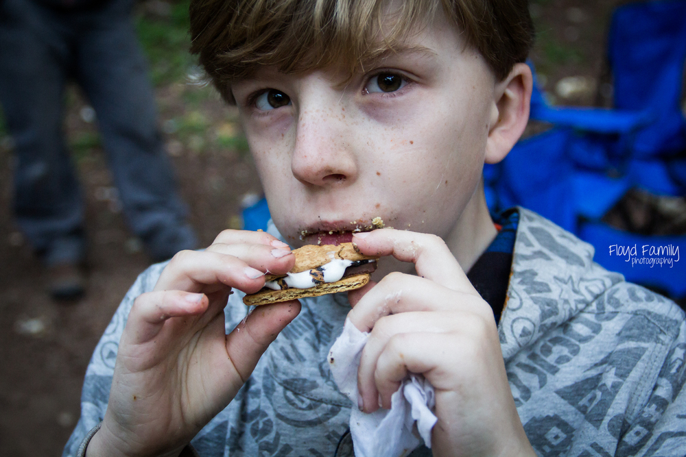 smores by the campfire with kids | Placerville-Children-Photographer
