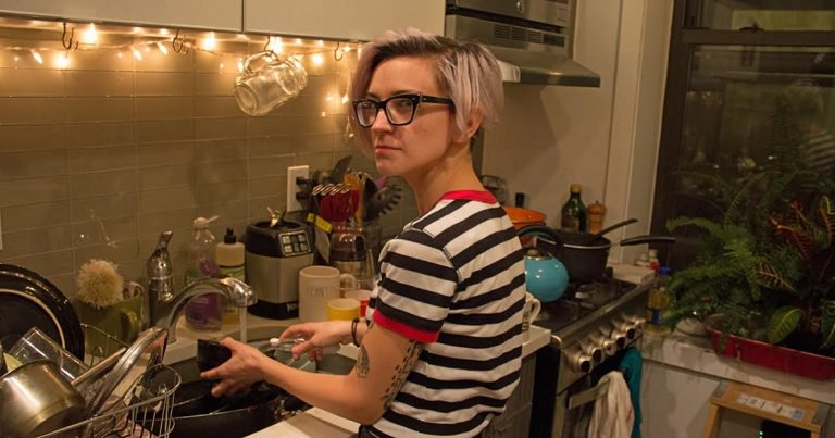 Roommate Passive Aggressively Washes Own Dishes -