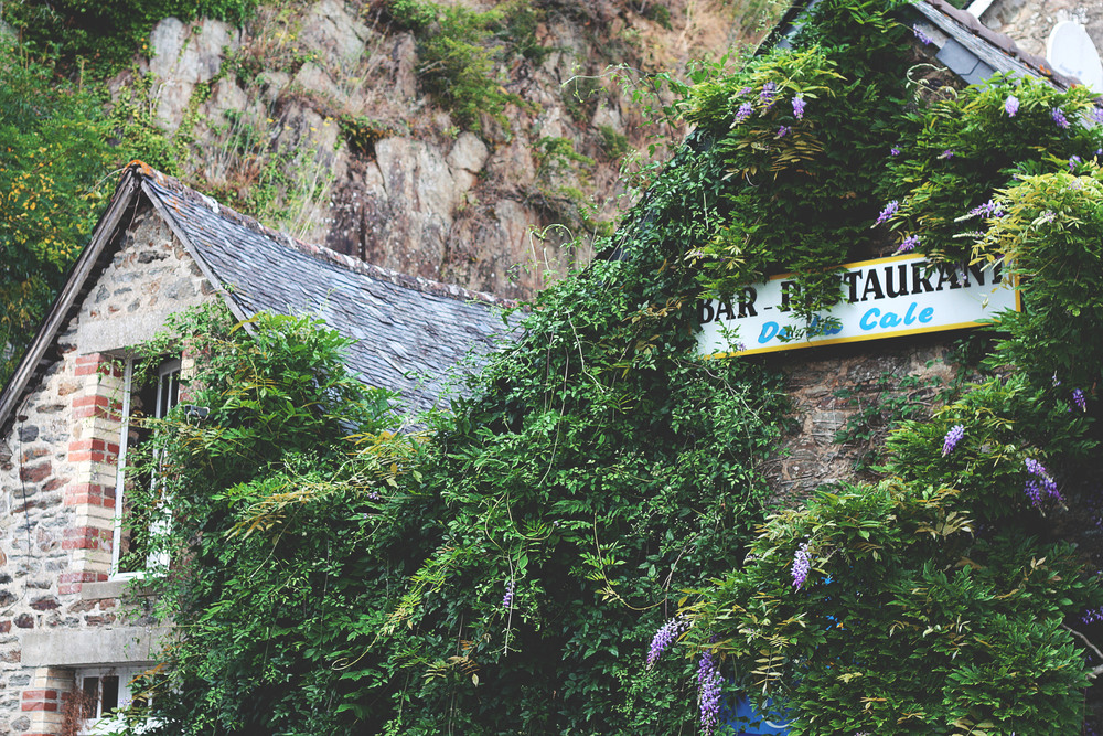 Bretagne 5 - Endearment Endure