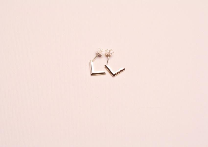 Paper & Chain, £40,-
