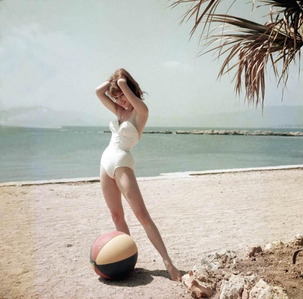 Brigitte Bardot, de beach babe der beach babes