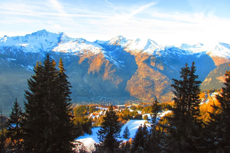 Bourg-Saint-Maurice from Les Arcs 1600