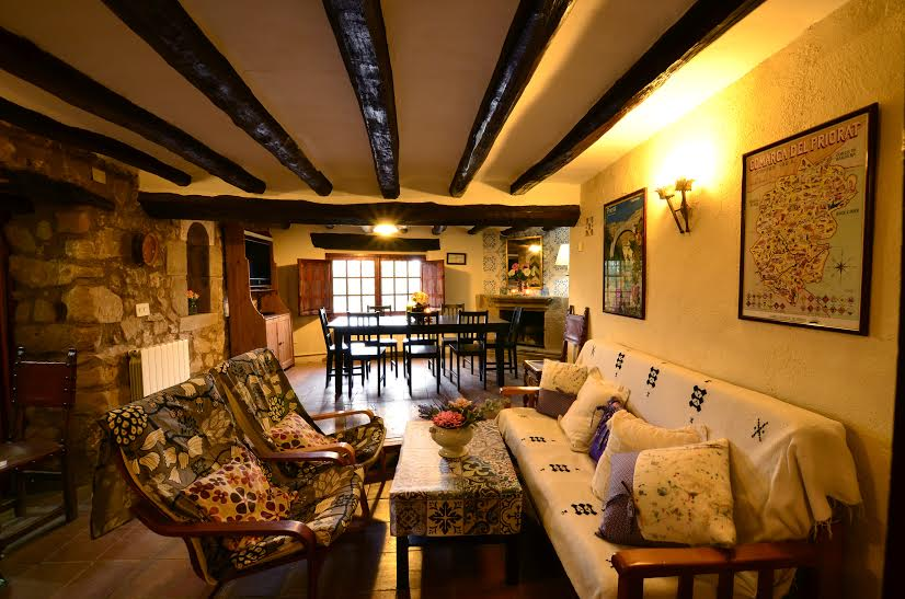 CASA EL CASTELL I ,  ALBARCA    4 rooms   12 people