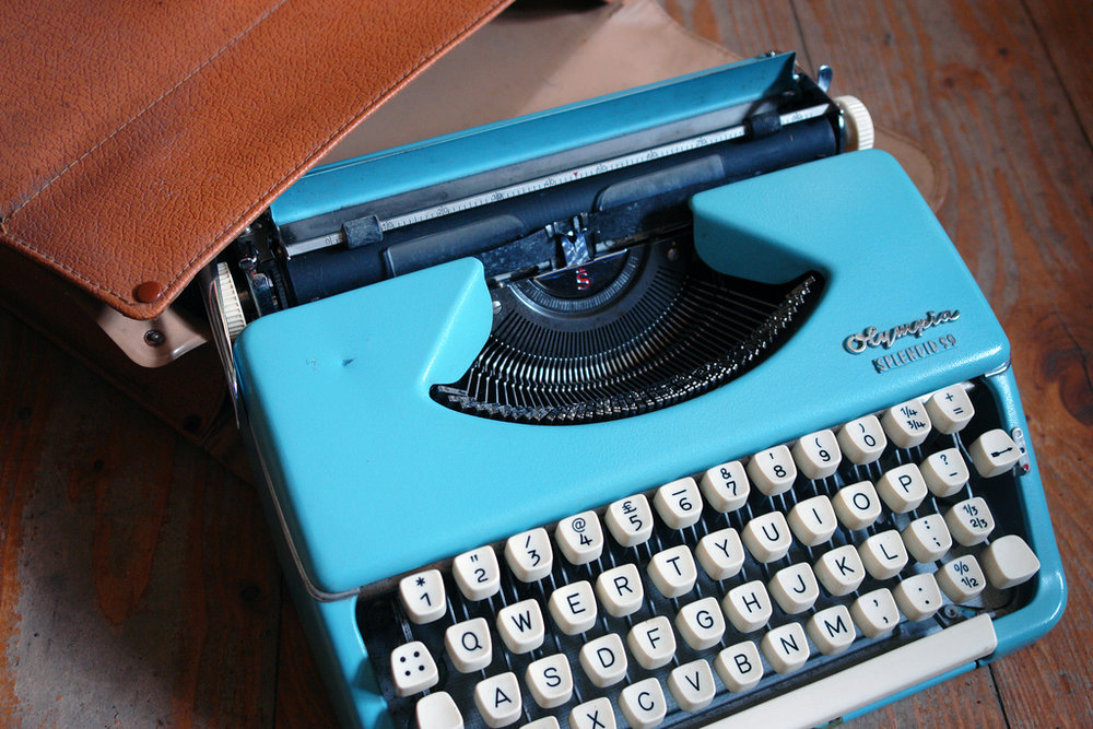 blue typewriter.jpg