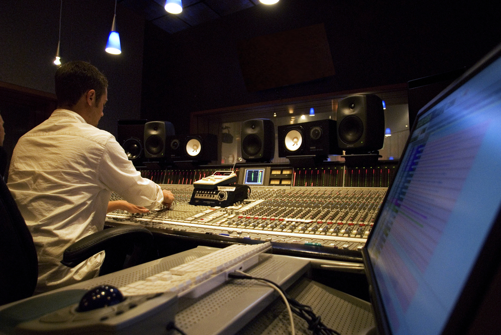 Producing Music at 'Rock Beach STUDIO' - 2008