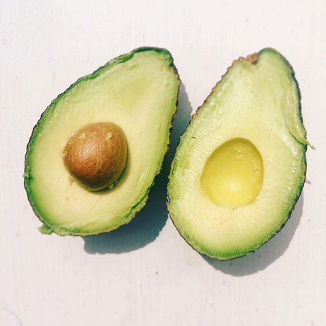 From this.... #avocado #perfect #healthy #vegan #paleo #veggie #fitness #gym #gesund #gesundessen #igers #foodblogger #foodblogger_de #instagood