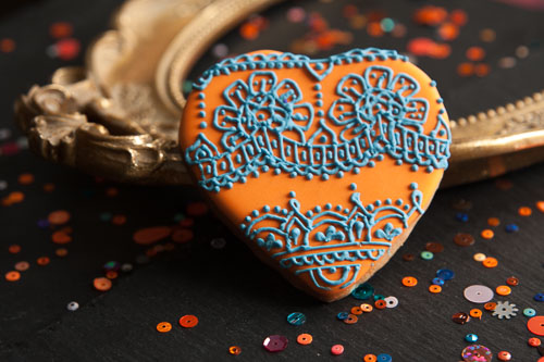 Henna Iced Biscuits