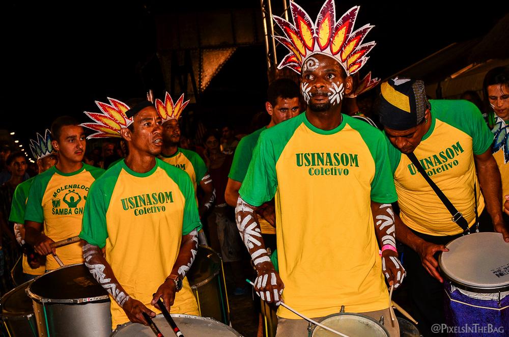 Les membres du groupe de musique brésilienne.