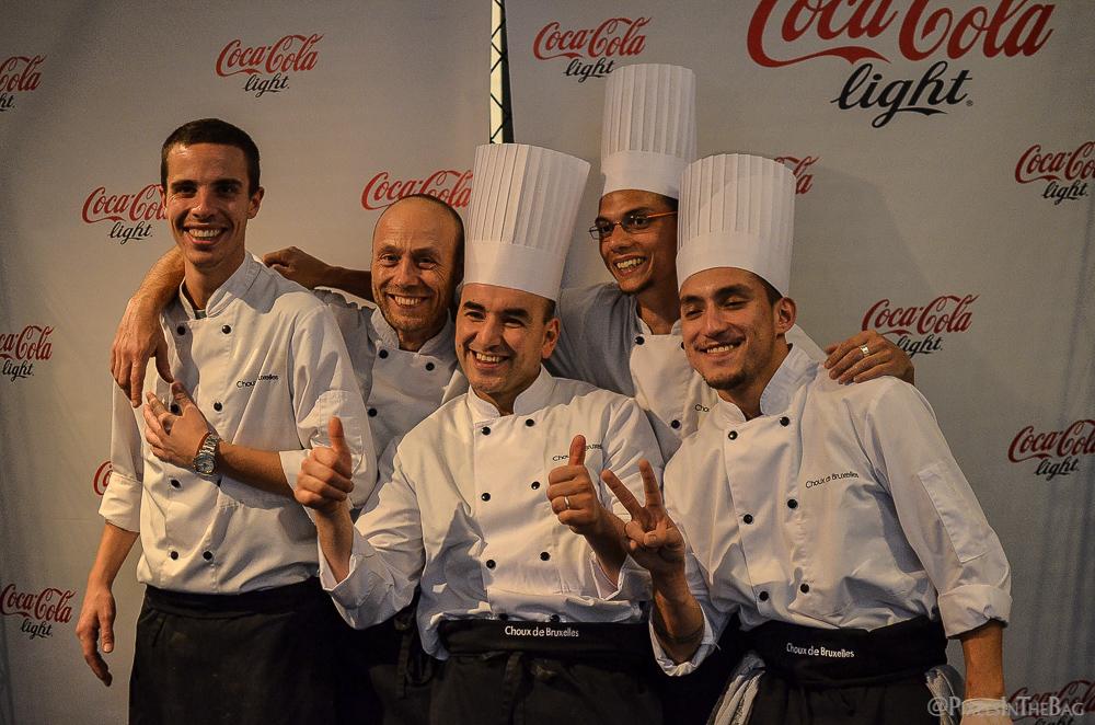 Les chefs souriants.