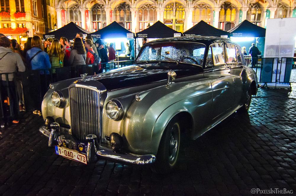 Une belle auto à l'exposition de la Nocture des Musées