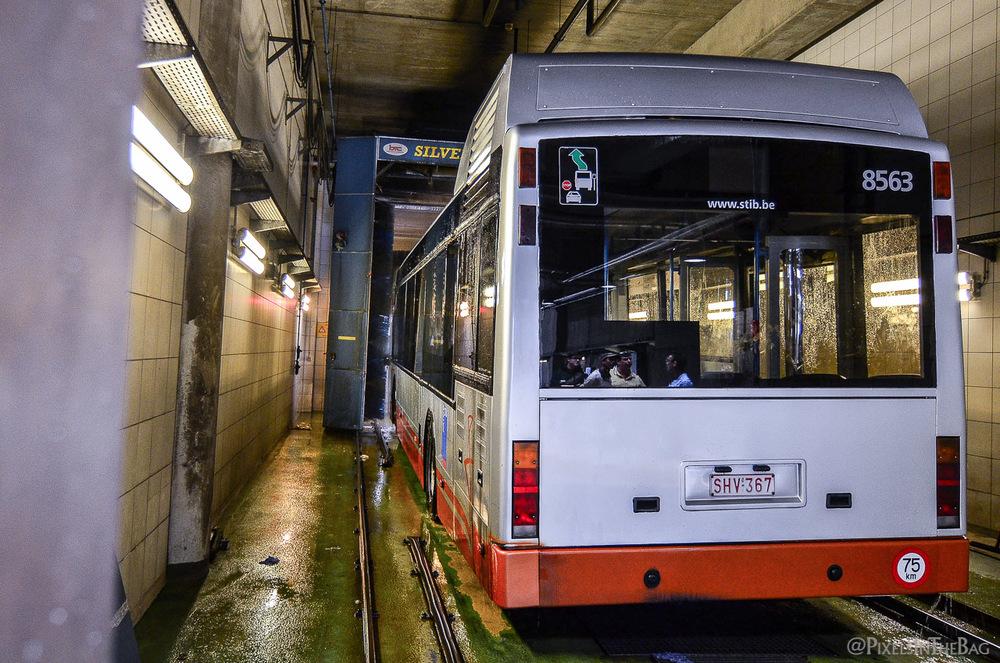 Lavage de bus.