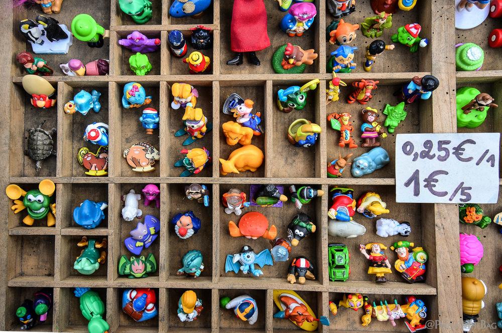Les Kinder Suprise au marché aux puces de Bruges.