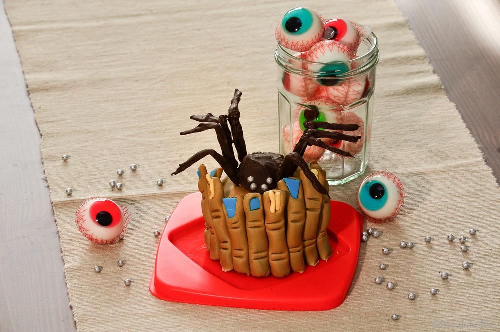 Une araignée dans l'assiette !