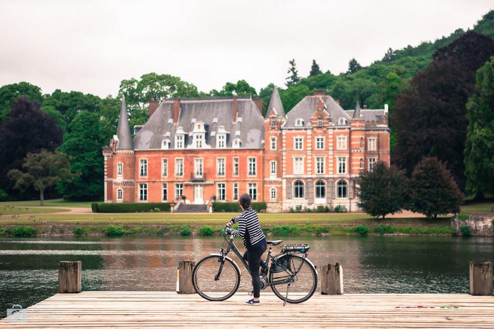 Château de Dave sur les bancs de la Meuse