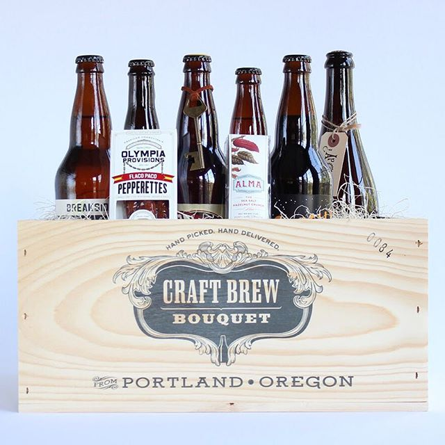 Who still needs to finish their holiday shopping?🙋♀️ We might be biased, but receiving a crate of craft beer would be pretty great. ⠀⠀⠀⠀⠀⠀⠀⠀⠀⠀⠀⠀ Our Premium Craft Bouquet touts a hand-picked collection of specialty craft brew, containing flagship, rare, barrel aged, and award-winning beer.