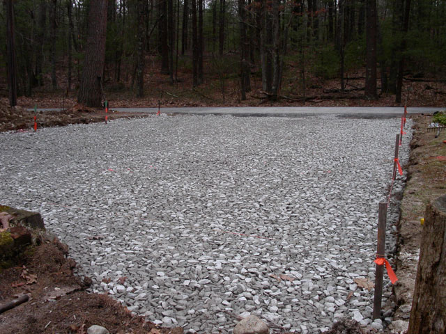 "A twelve-inch-thick, compacted layer   of 2"" crushed stone provides support   and a water storage reservoir."
