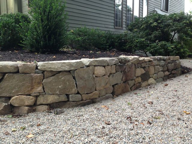Small Rock Wall on Driveway(640x480).jpg
