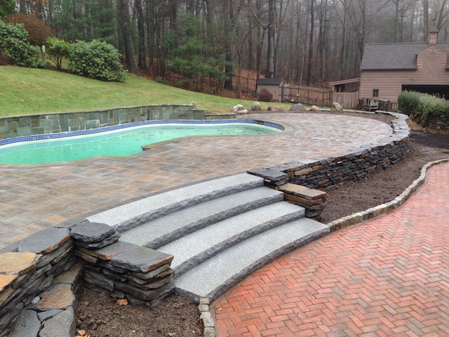 Large Radius Granite Steps(640x480).jpg