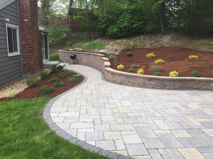 Curved Retaining wall & Permeable Patio 3.jpg