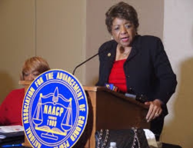NAACP Task Force Chair Alice Huffman, at a January, 2017 hearing in Memphis. Photo by Laura Faith Kebede.