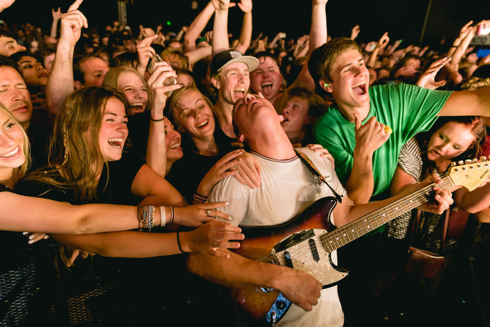 Audience: Cage the Elephant
