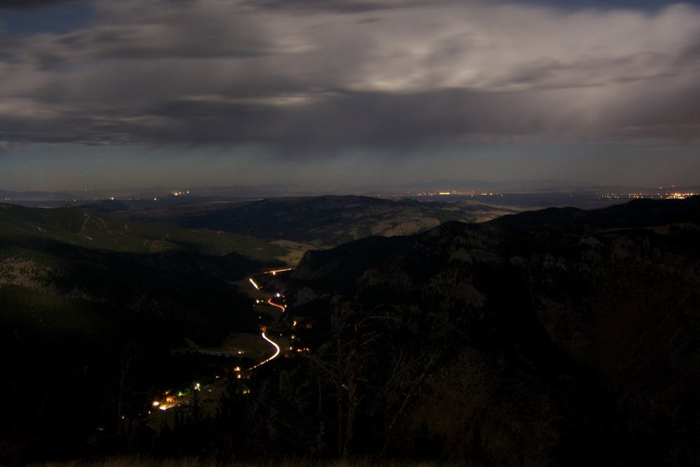 Hwy 191 from the Garnet Mtn Lookout / Photo Credit : Ben Prager