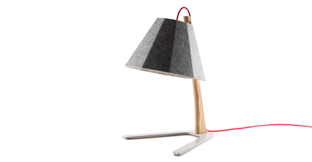 Frankie table lamp 01 - Designer Designtree.jpg
