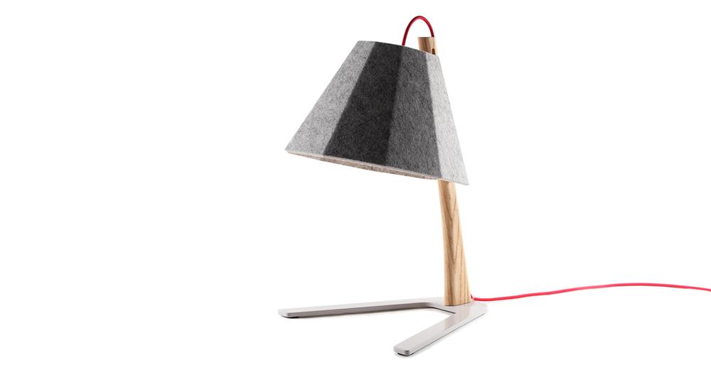 Frankie table lamp 01 - Designer Designtree.jpg