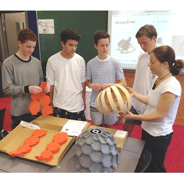 Today Rebecca had an exciting trip back to school to talk to Scots College Graphic Design students who are about to embark on a flat-pack lamp project. Rebecca was asked to show some real life design examples including her Nectar and the Nautilus designs. The students relished the opportunity to explore the lamps and talk with Rebecca about design in a real world context. #Backtoschool #designtree #Scotscollege #flatpack #design