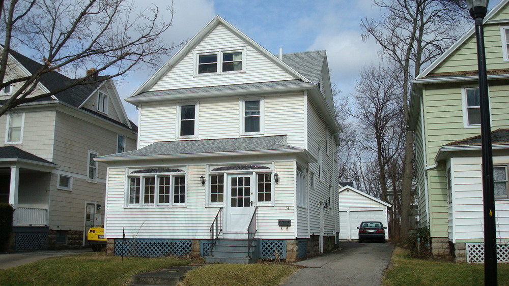 54 Spruce Ave is a comfortable 4 bedroom home and a winter-friendly 2 car garage.  Newly renovated and convenient for Rochester NY students who need to be near their campus and in affordable, clean housing.