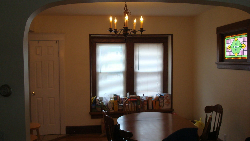 Beautiful Dining Room in Student Housing In Rochester NY