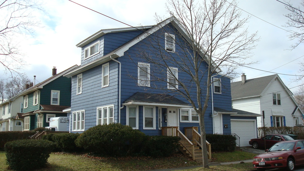 6 bedrooms and 2 full baths complete with a 2 car garage.  Has a third floor and a deck. Very close to the Univeristy of Rochester. Clean, safe, and affordable.