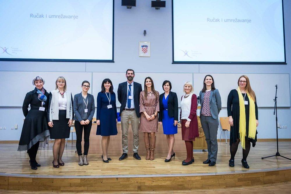 fotografiranje-poslovne-konferencije-Zagreb-fakultet-2179.jpg