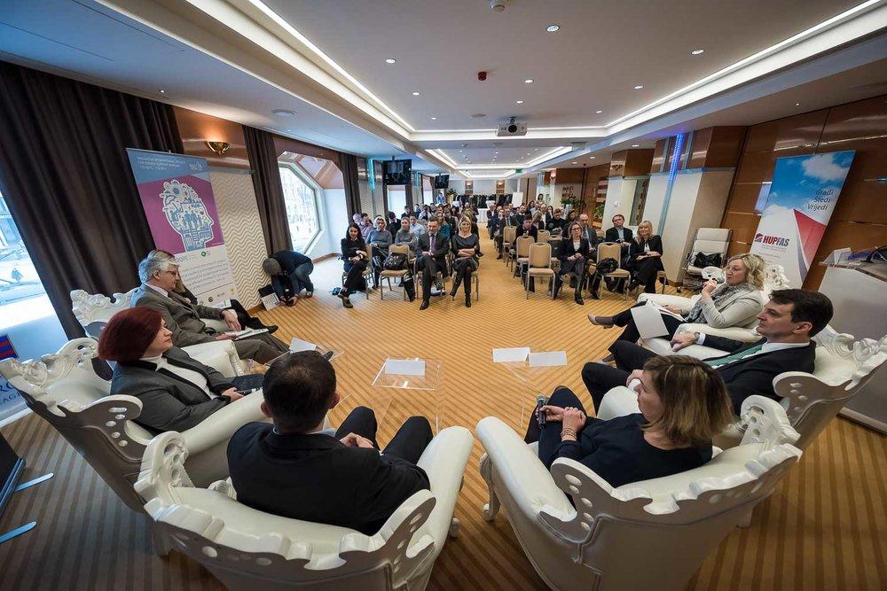 fotografiranje-poslovne-konferencije-Zagreb-HOtel-Dubrovnik-5168.jpg