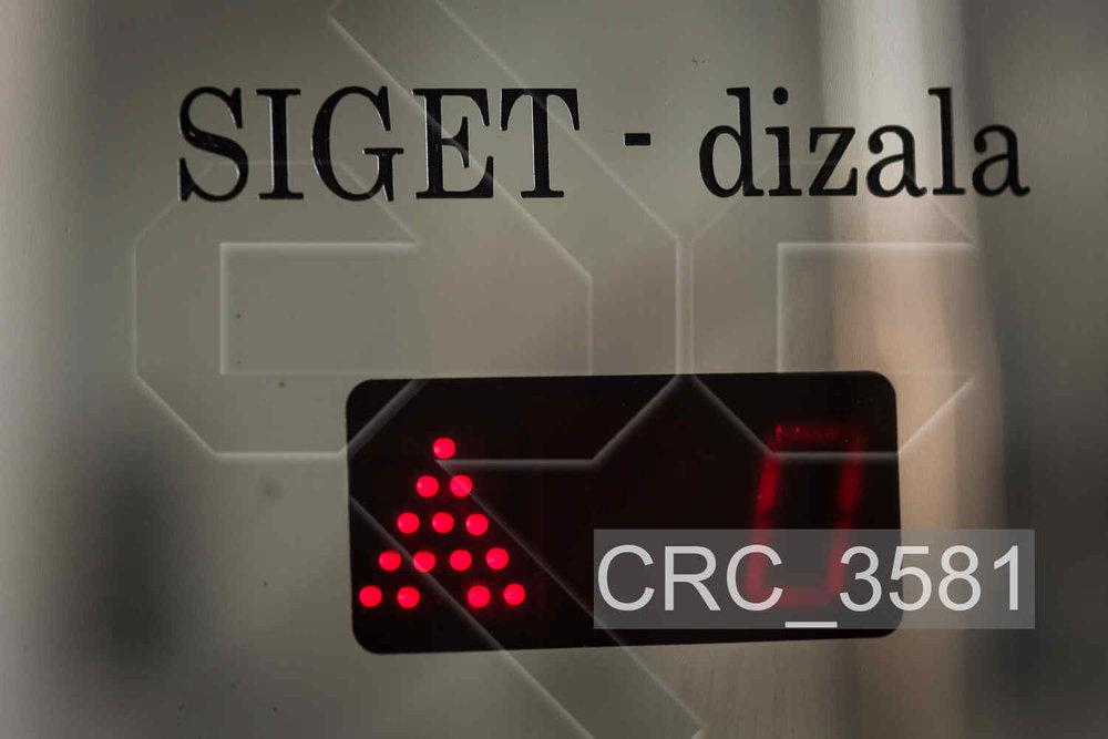 CRC_3581.jpg