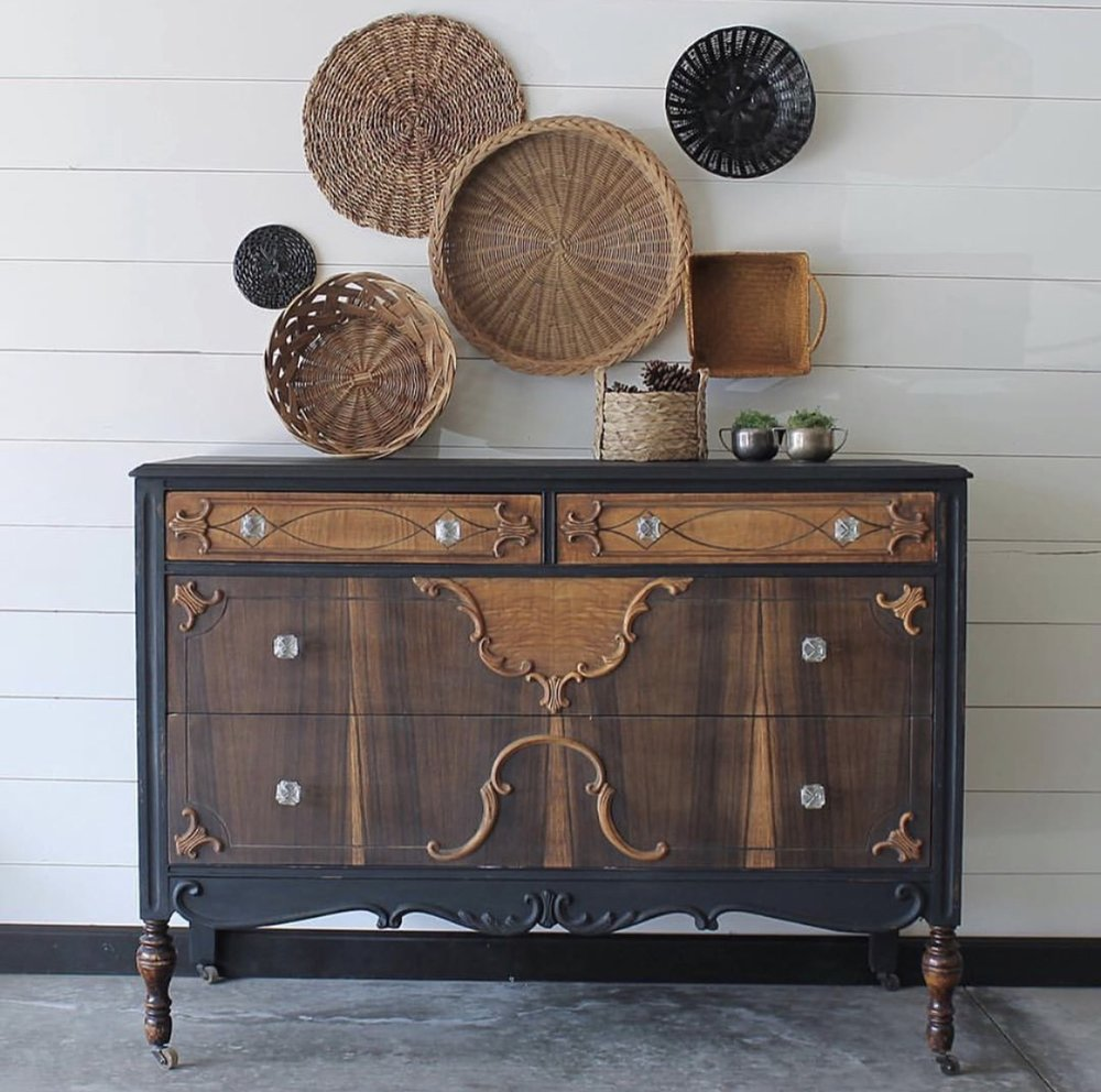 Old Barn Milk Paint Blog Beauty Baby All Over Oil Our Wax Finish Really Brought Out The Wood Grain On This Jen Painted Frame In Silhouette Which Adds Perfect Natural Touch To Take