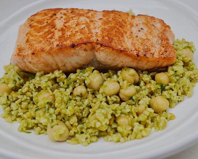 salmon with freekeh & chickpea salad (link in bio to recipe)