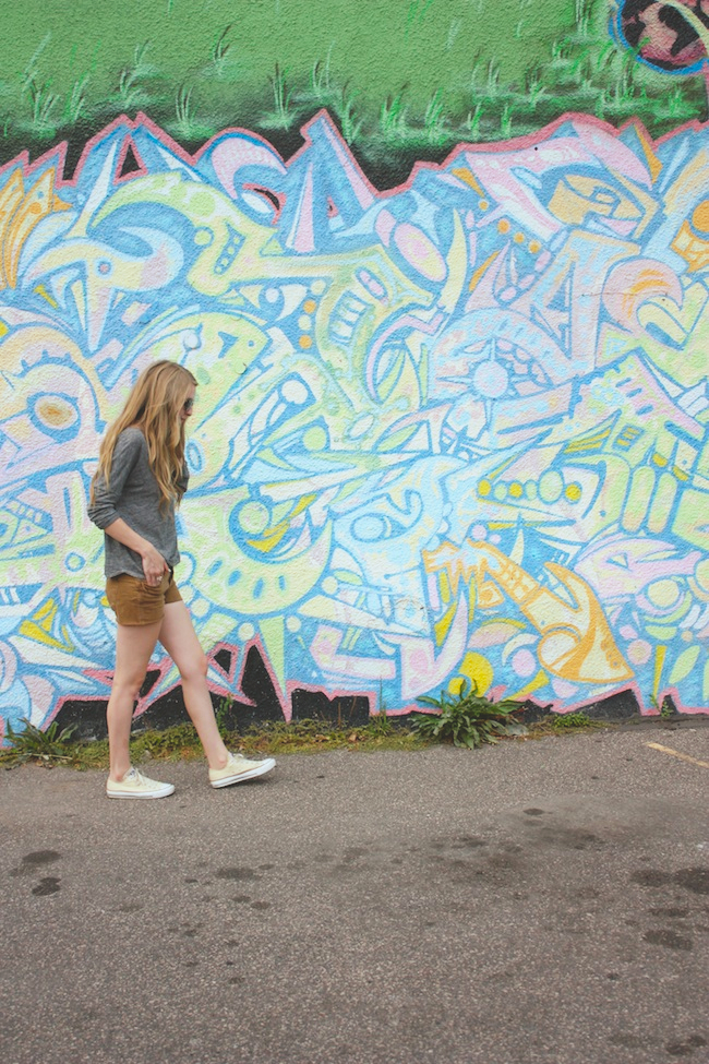 chelsea_lane_zipped_blog_minneapolis_fashion_blogger_bb_dakota_parc_boutique_tee_madewell_shorts_converse_low_top_chuck_taylor_all_stars_off_white_ivory_sbgdesigns_allure_bracelet_warby_parker_thatcher_sunglasses_striped_sassafras6.jpg