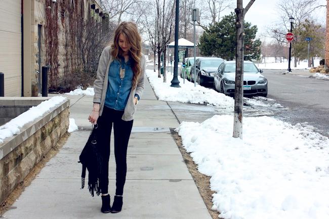 chelsea_lane_zipped_minneapolis_fashion_blog_denim_shirt_forever_21_cardigan_jcrew_pixie_pants_black_sam_edelman_petty_ankle_boots_cut_n_paste_lia_handbag_tote2.jpg