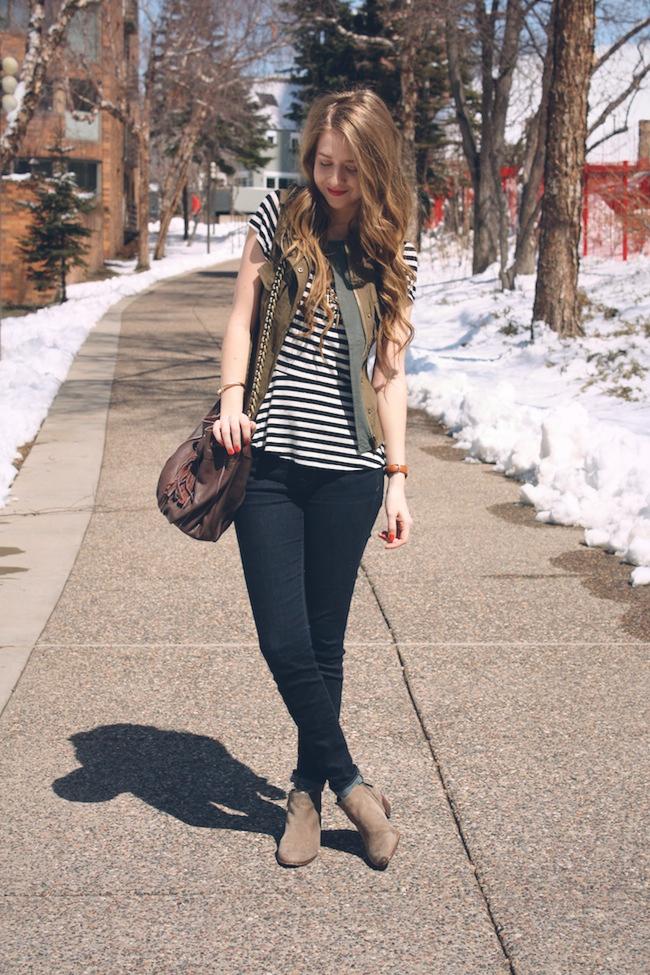 chelsea_lane_minneapolis_fashion_blog_zipped_parc_boutique_military_vest_peplum_gap_jeans_sam_edelman_cut_n_paste_donna_bucket.jpg