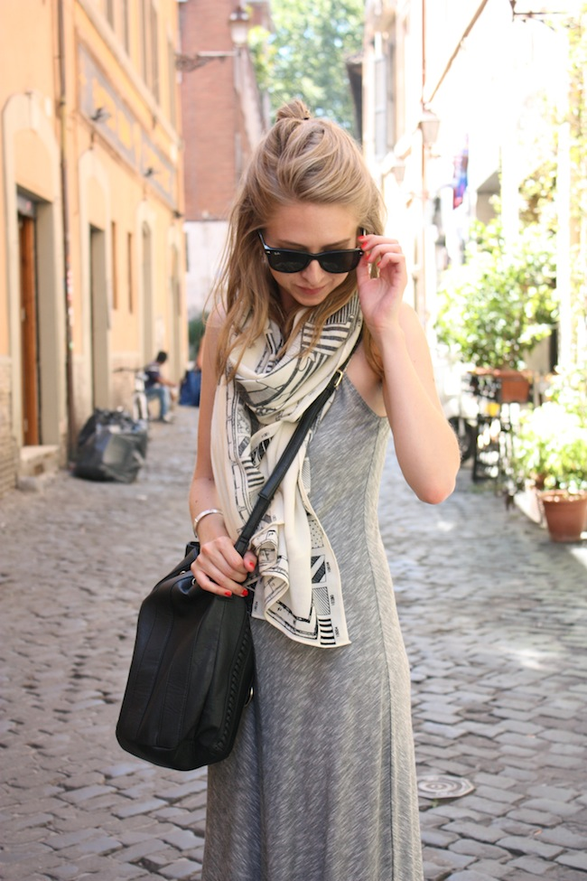 chelsea+lane+zipped+truelane+minneapolis+fashion+style+blogger+rome+italy+target+maxi+dress+shoedazzle+justfab+madewell+map+scarf2.jpg