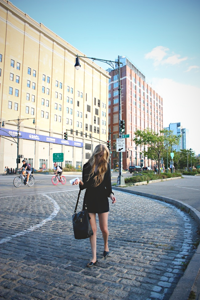 chelsea_lane_zipped_blog_minneapolis_fashion_blogger_new_york_city_new_york_fashion_week_nyfw_mbfw_ss14_lulus_chinese_laundry_vince_camuto_romper_pier59_chelsea1.jpg