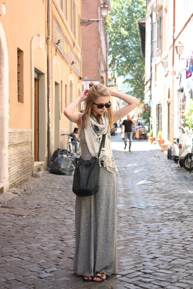 chelsea+lane+zipped+truelane+minneapolis+fashion+style+blogger+rome+italy+target+maxi+dress+shoedazzle+justfab+madewell+map+scarf1.jpg