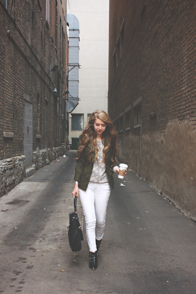 chelsea_zipped_blog_minneapolis_fashion_style_blogger_levis_modern_vice_jtet_boots_madewell_jack_bb_dakota_lily_and_violet_vince_camuto2.jpg
