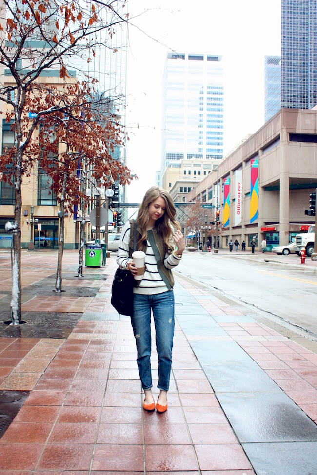 chelsea_lane_zipped_minneapolis_fashion_blog_blogger_forever21_parc_boutique_mia_abie_scalloped_flats_vince_camuto_micha2.jpg